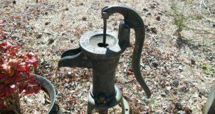 hand-pump-142013