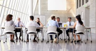 AdobeStock_99929407-BusinessMeeting-1280x720